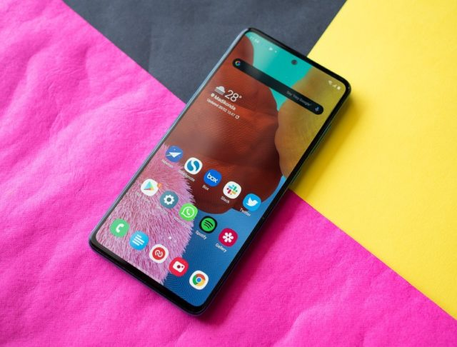5 cheapest phones with AMOLED display Choosing the best